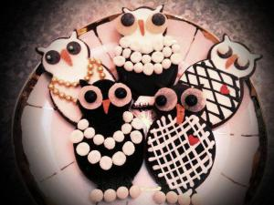 Chanel Owl Cookies