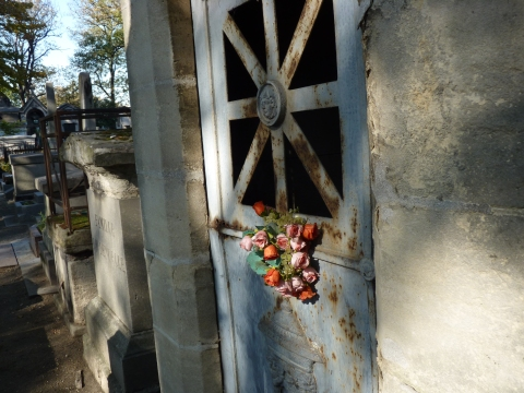 the flower door