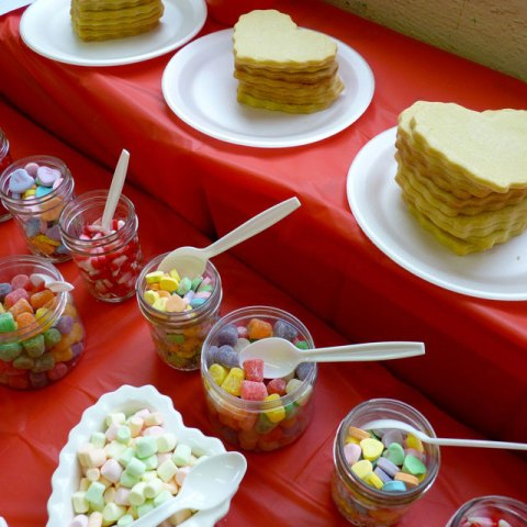 SDB-valentine-candy-bar