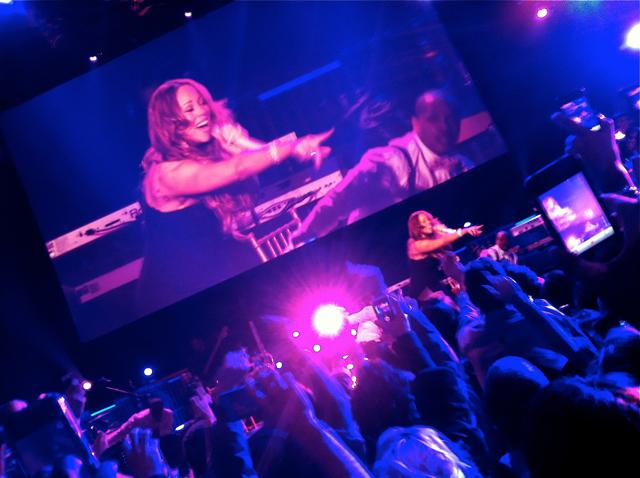Mariah shake it off
